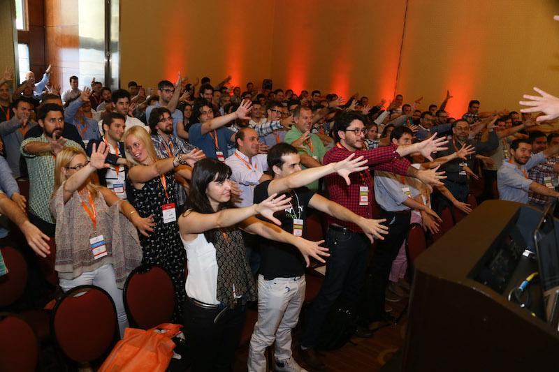 Guido Jansen hipnotizando a su público